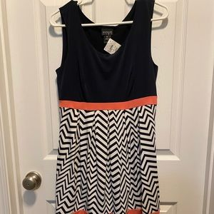 NWT Navy Printed Dress Sz 12